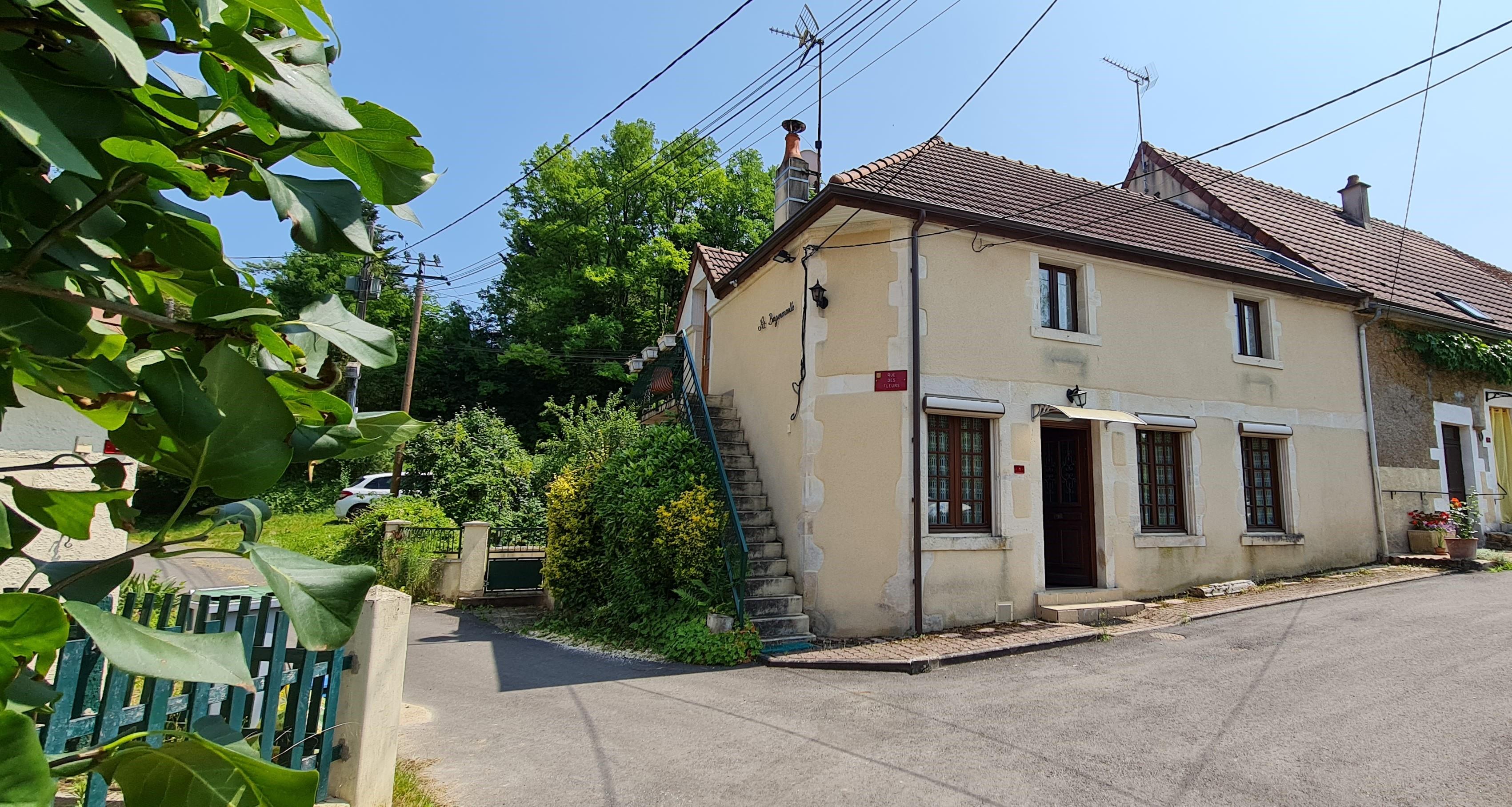 Maison de village 104 m² habitables